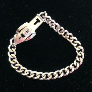 Buckle bracelet. Silver. Avon.